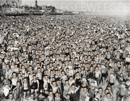07-weegee-ceegee